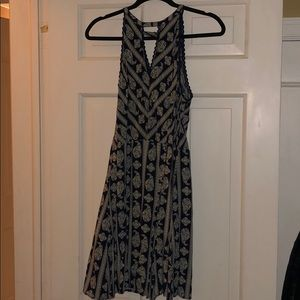 Navy blue and cream paisley patterned dress!